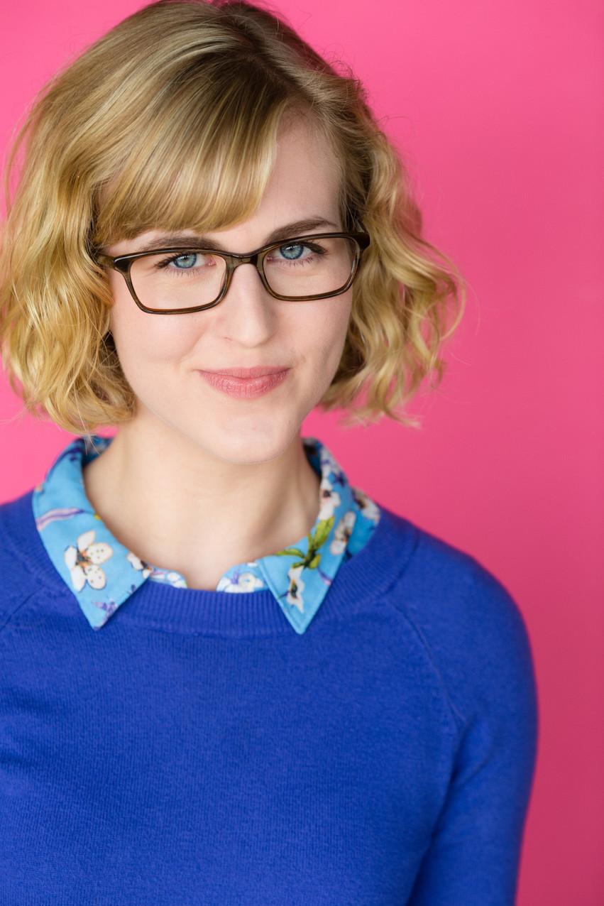 Erin Brownett glasses