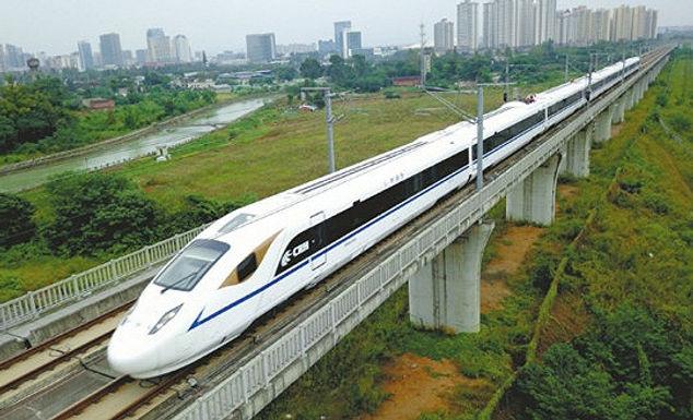 """รถไฟความเร็วสูง """"ซีอาน-เฉิงตู"""" ลดเวลาจาก 12 ชม. เหลือ 3 ชม.ครึ่ง"""