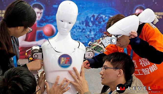 จีนผลิตหุ่นยนต์ช่วยภาคอุตสาหกรรม ทะลุเป้าหลักแสนในปี 2018