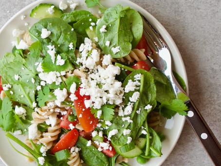 Grøn pastasalat med feta & koriander