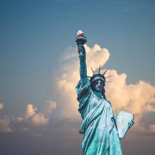 Imigrantes na América: Vilões ou Heróis?
