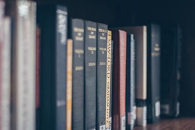 assorted-books-on-the-shelf-990432.jpg