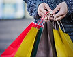 close-up-hands-of-shopper-com-bolsas_23-2147652106.jpg
