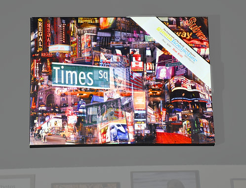 Giesla Hoelscher, Crossroads of the World, Times Square