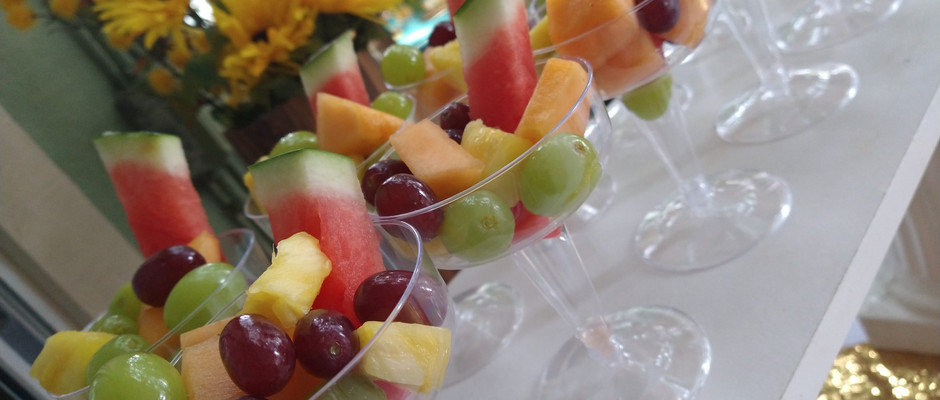 Champagne Fruit Cups