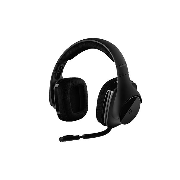 Logitech G533 Wireless 是具有完整功能的專業等級遊戲耳機麥克風,配備使用於 7.1 聲道環繞音效的 DTS Headphone:X 技術、提供無失真震撼音訊的 Pro-G™ 音訊單體、和支撐耐用、強固的2.4 GHz無線技術,還有長達 15 小時的電池電力。  耳機的聲道、混音模式、電量等通過Logitech Gaming Software進行調節和確認。耳機的設定檔可以同步鍵盤滑鼠耳機的快速功能鍵,或是套用官方給的遊戲範本。  耳套採用運動材質,透氣度不錯,長時間配戴亦不會感到不適,但會有一點熱。耳套亦可以拆下來方便進行清潔。  外表上,耳機沒有花俏的RGB,外觀相當平凡,比較務實。耳機所配備的MIC 採用極電容,響應100Hz~20KHz,單向式,對外輸出的音量和音質都有相當好的質素。MIC 能自由拉上拉下,向上升起亦會自動MUTE MIC而且MIC上有小紅燈提示,MIC的蛇管亦可以拉長,相當方便。  整體上,是一款適合看電影,玩遊戲的質素不錯的產品。MIC的質量亦相當好,現時價格約為700HKD左右。