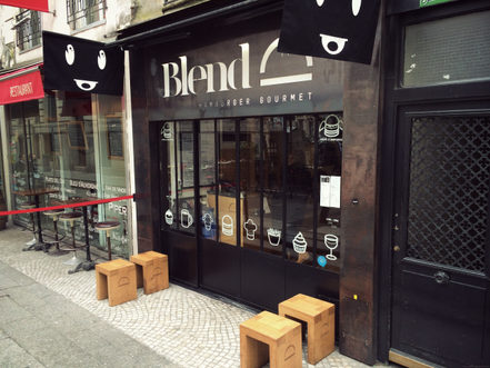 A PLACE TO EAT : BLEND BURGER