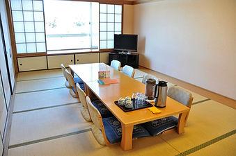 2階貸切り個室(12畳).JPG