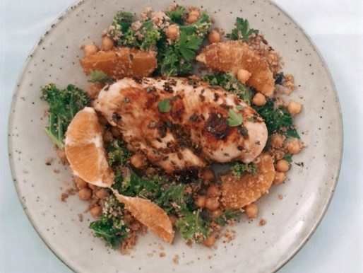 Kale, chickpea and orange salad