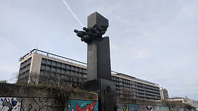 New Belgrade, Pilots memorial.jpg