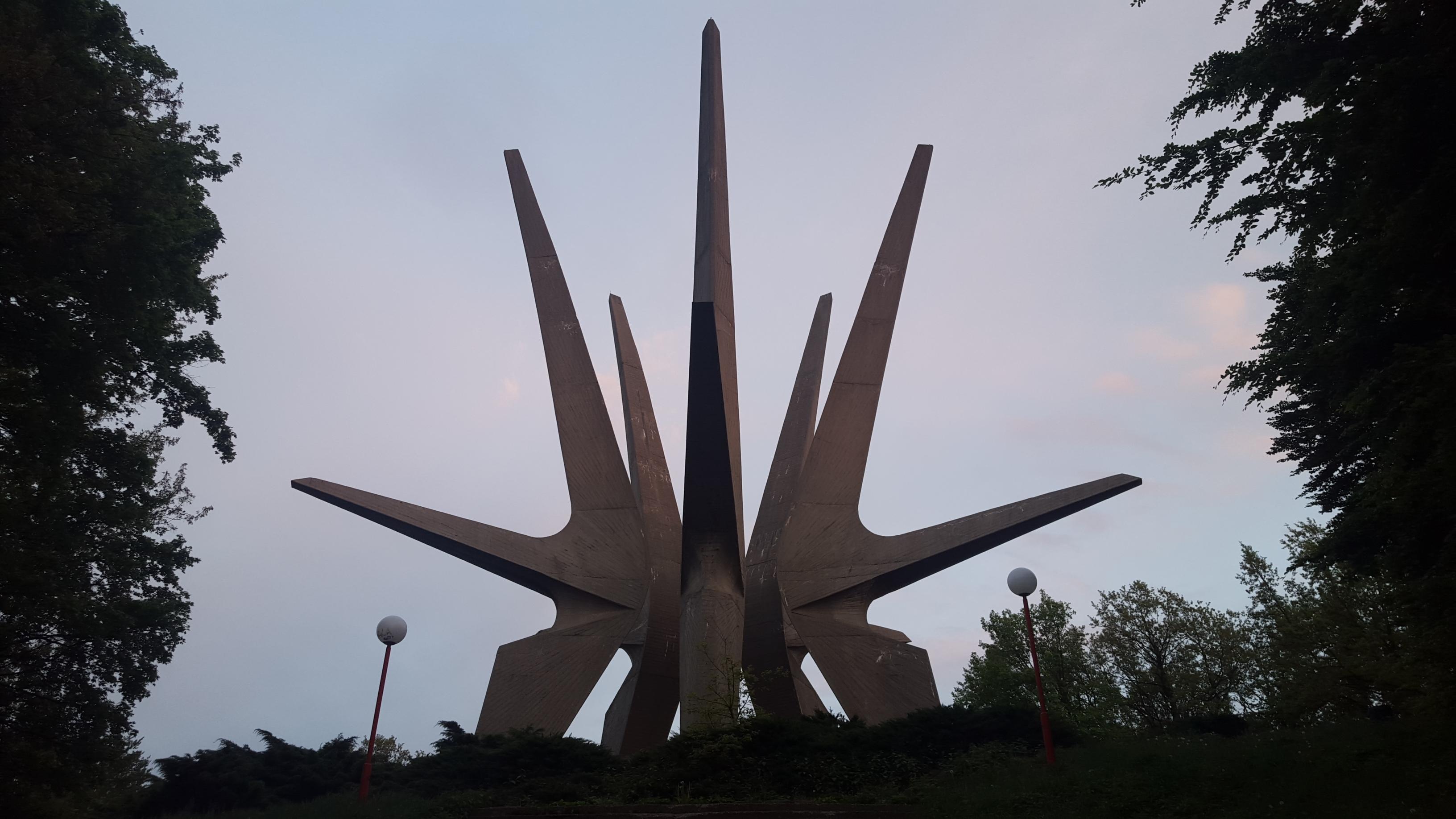 Spomenik @ Kosmaj