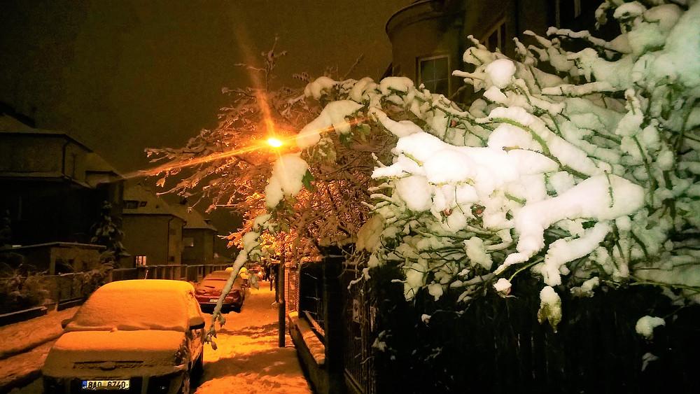 Když ulice Prahy 4 zapadnou sněhem