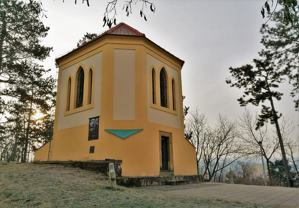 Modřanská zvonice zažila rekvírování místních zvonů v I. i v II. světové válce