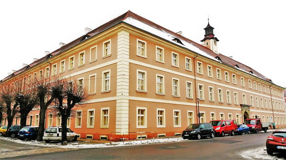 Bývalá budova protektorátní přesídlovací kanceláře v Terezíně