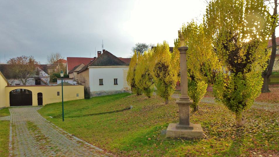 Galerie: Selský dvůr v Plzni - Bolevci