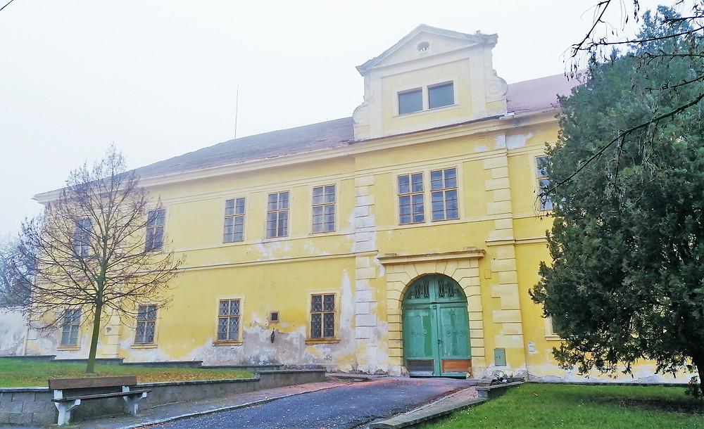 Zámek v Cítolibech