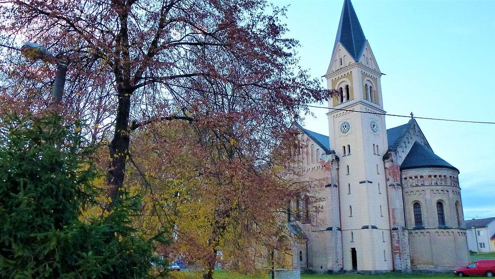 Kostel svatého Josefa v Úhercích (VP).JP