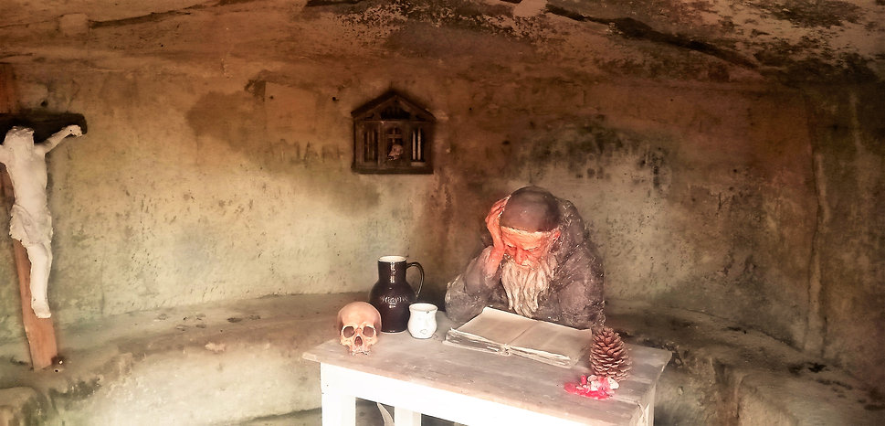 Romantická poustevníkova jeskyně - Plzeň