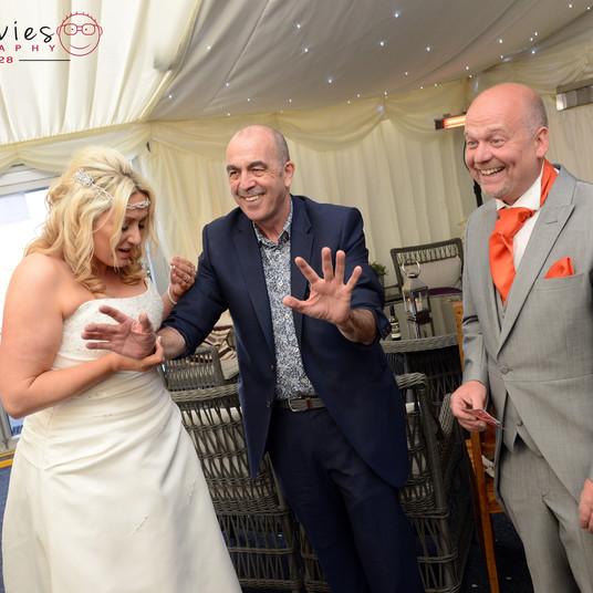 Swansea Wedding Magician Phil Jay