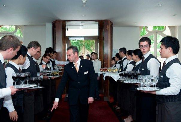 Service class at Hotel Institute Montreux