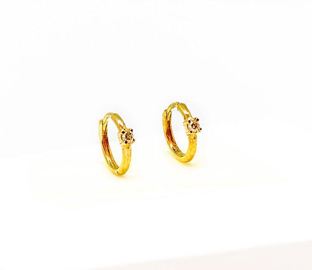 Argolinha com um Brilhante - Ouro Amarelo 1,6g