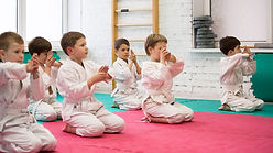 Дети на занятиях айкидо