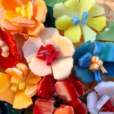 Make your own mosaic flowers
