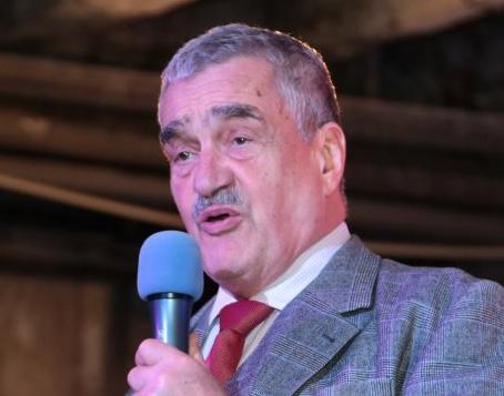Karel Schwarzenberg, poslanec Parlamentu ČR