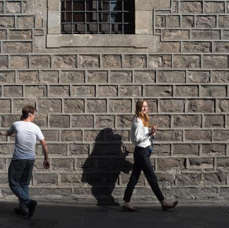 """Tinder en Berlín #2: Los Más Grandes """"Qué No Hacer"""" en los Perfiles de Citas en Línea"""