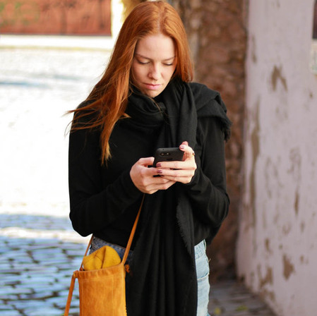 Tinder en Berlín #4: Lo Que Se Debe y No Se Debe Hacer en los Perfiles de Citas