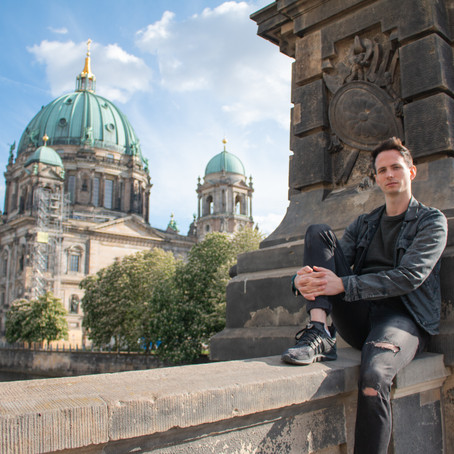 Tinder in Berlin: 5 Incredible Tips That Actually Help You Find Dates