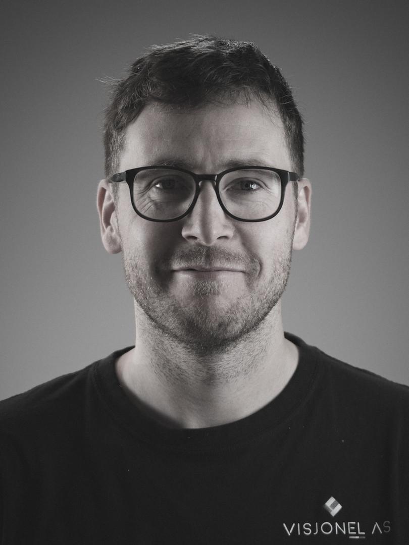 Aleksander Kjærås - Voksenlærling