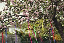 Make A Beltane/May Day Wishing Tree