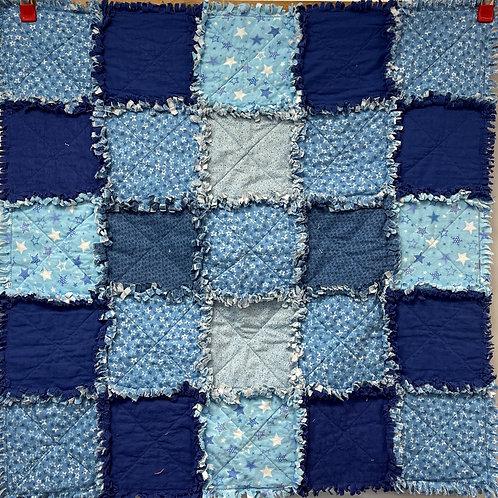 W207 - Blue Stars Rag Quilt