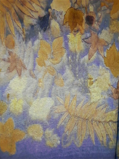 Detail 2 of Linene & Logwood