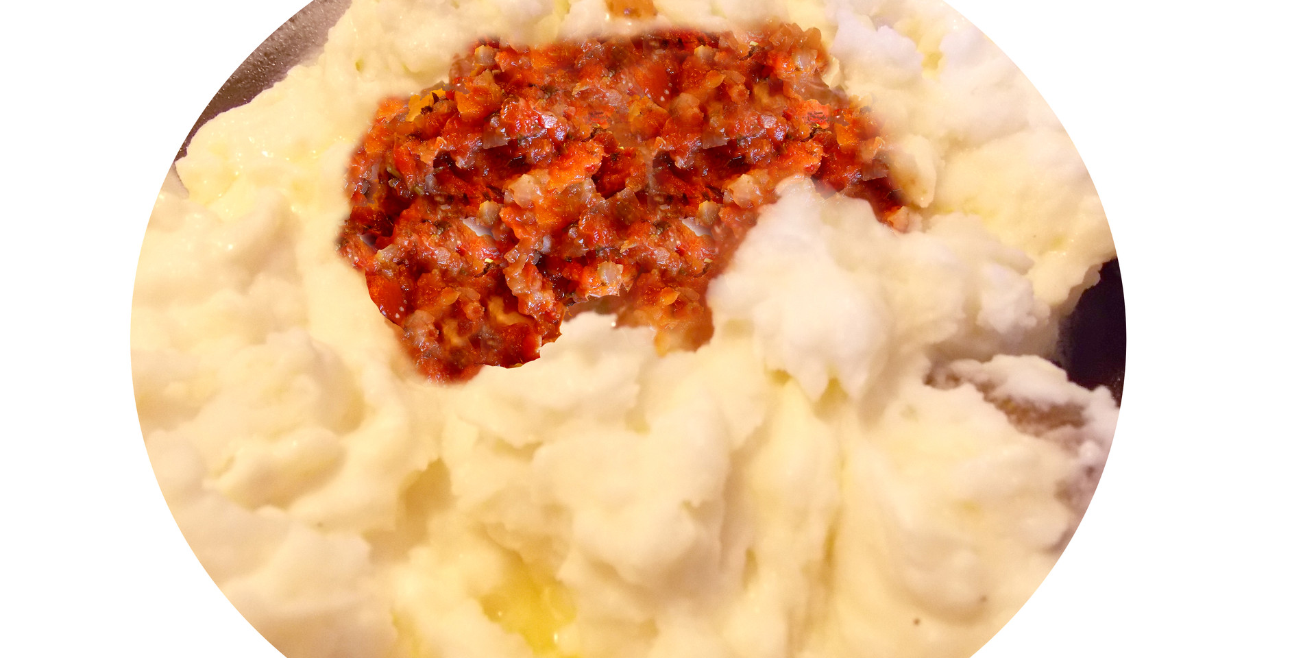 Take your mashed potatoes to the next level! Add butter, cheese, and your favourite Aji and your taste buds will explode