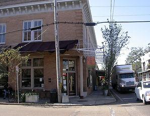 St._John_27s_Coffeehouse_Covington_Louis