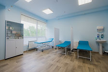 hospital-room-with-beds-and-comfortable-