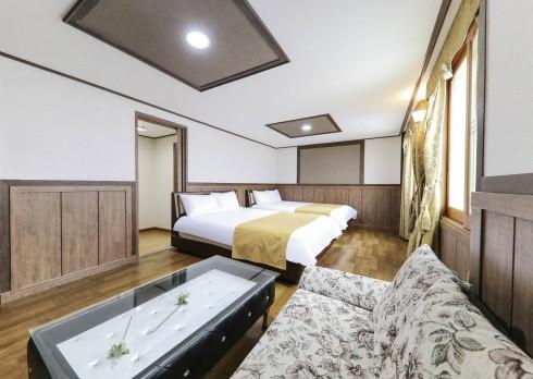 【Room Type】 Quad Room
