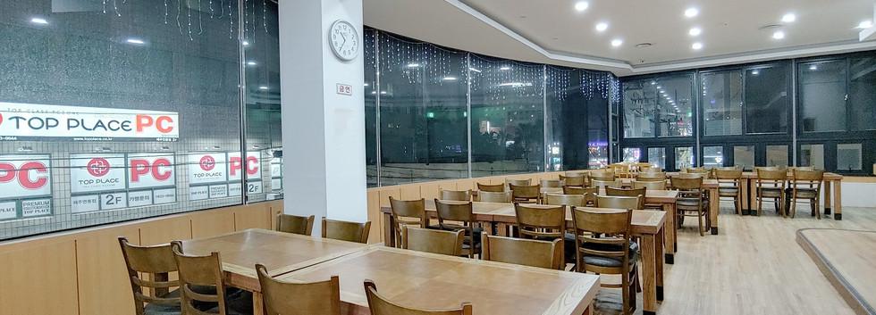 2樓餐廳 及 會議空間