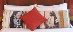 1b Ahmar Pillows