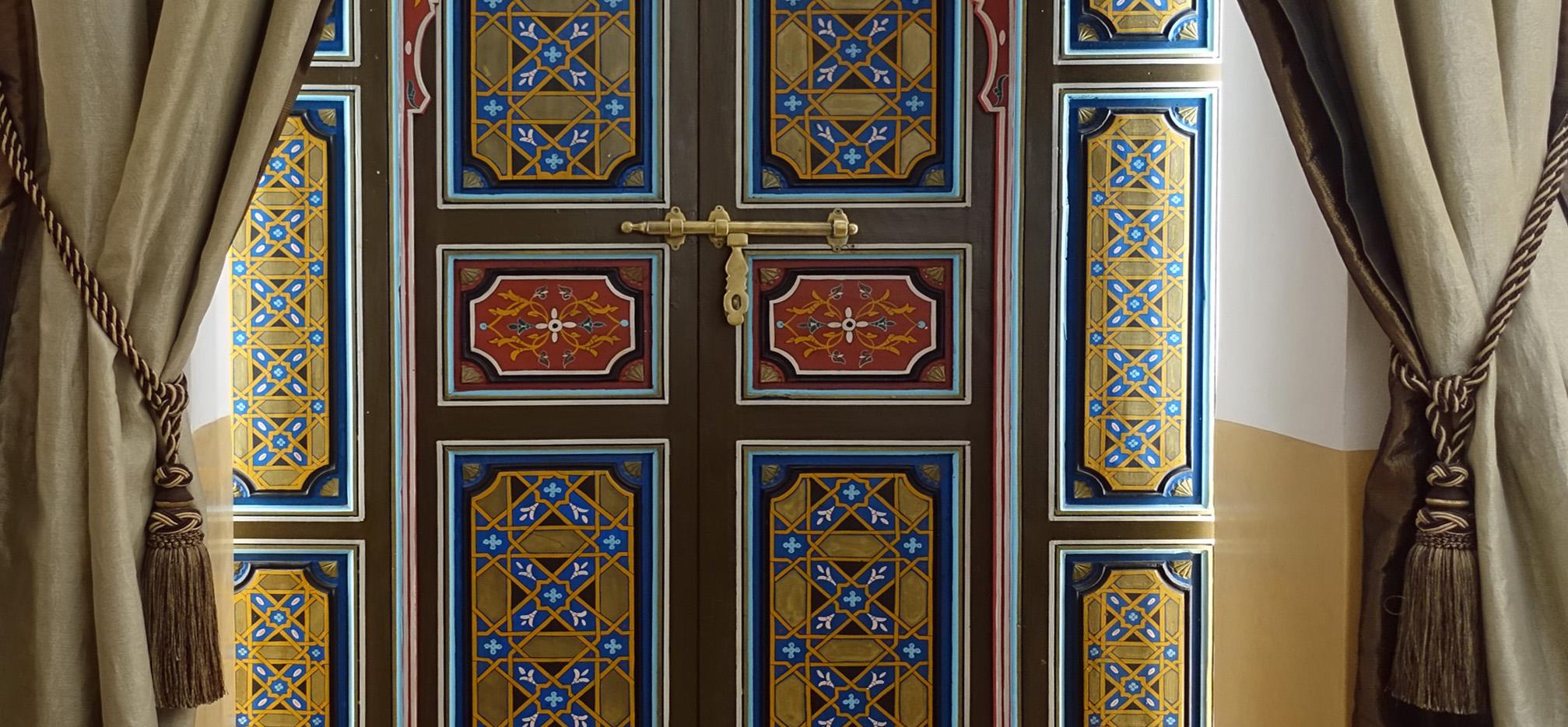 Jauzi 3 Doors