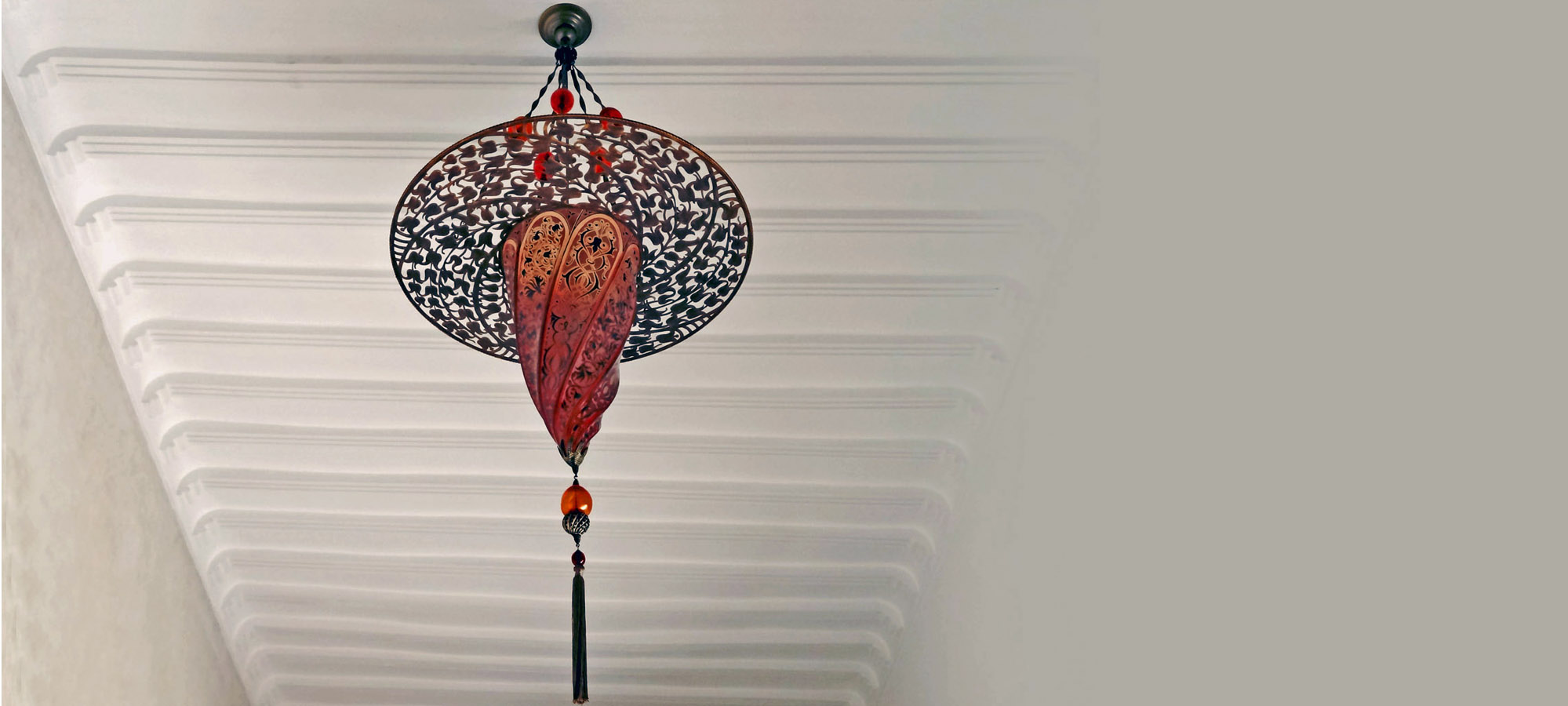 4. Ceiling Light Warm Long (1)
