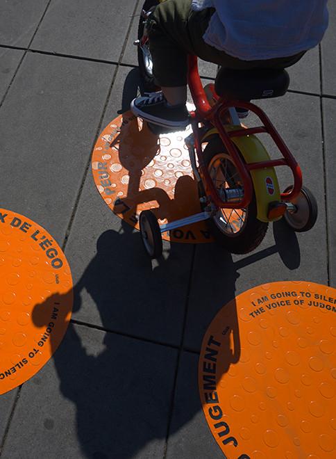 e triciclo en sombra vertical.jpg