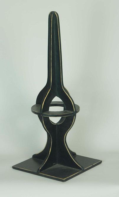 Obelisco Madera Negro 36(alto)x15(ancho)