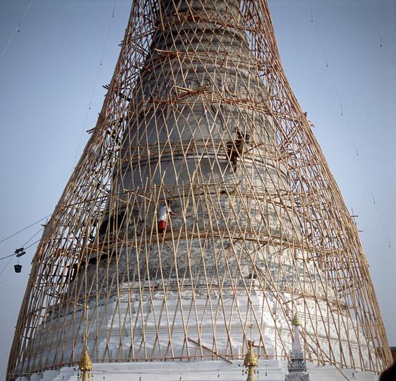 MaeSot-stupa