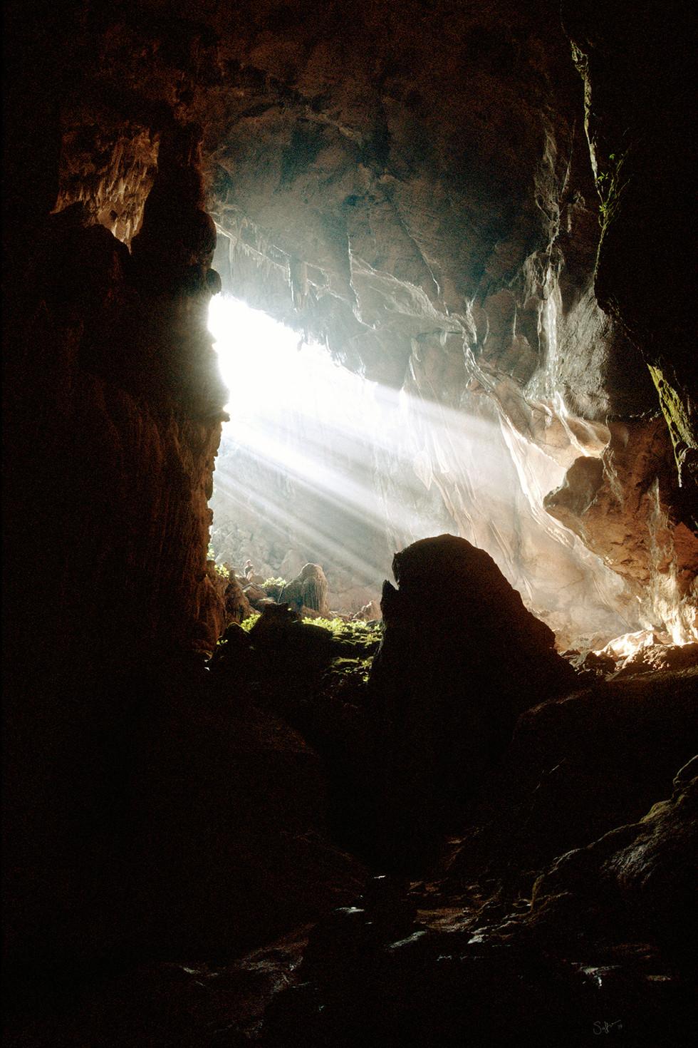 cavelightIII