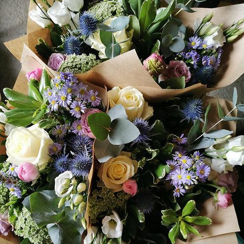 4 Week Flower Delivery - Seasonal Bunch