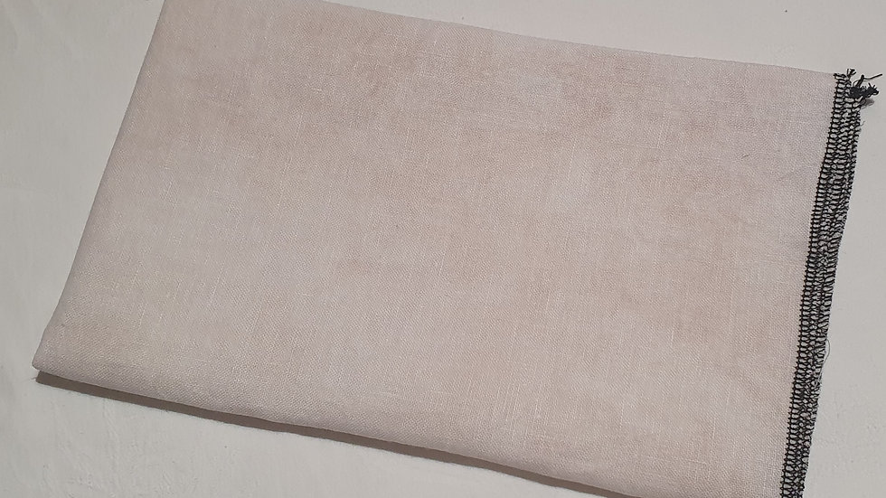 Elizabeth - 40 count Newcastle Linen