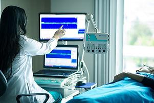 medical-equipment-4099429_1280.jpg